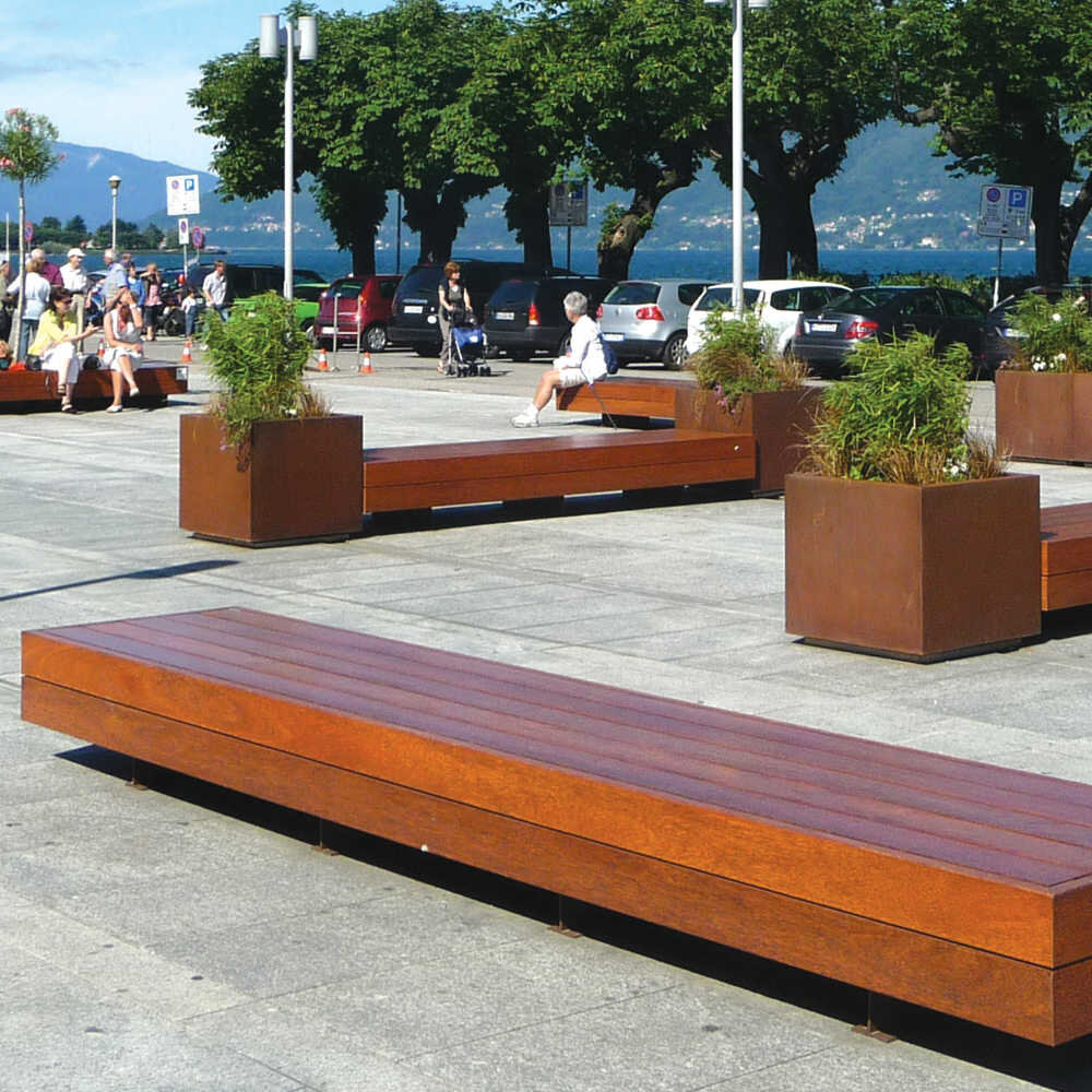 Big Harris & Big Harris Isola bench