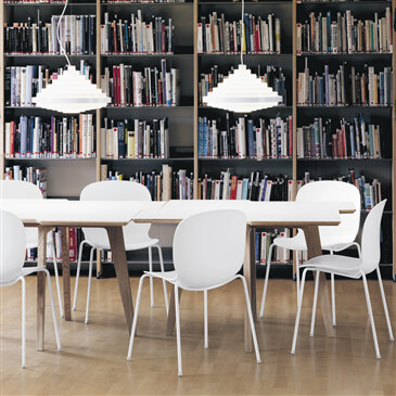 The Noor chair, designed by Jonas Stokke, is ideal for any educational environment. You can choose the base materials and quality upholstery for this chair.