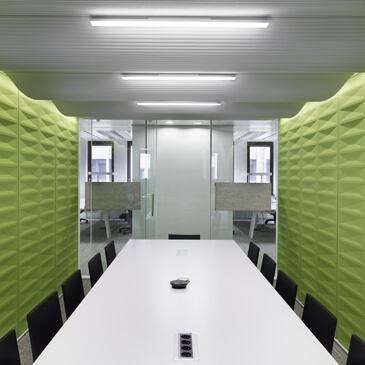 C-SS meeting pod with acoustic panel walls