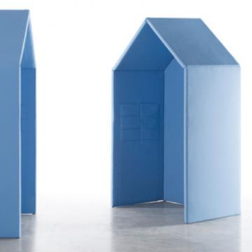 Cabanes - blue floor stand alone