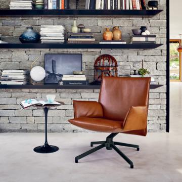Knoll pilot chair in leather