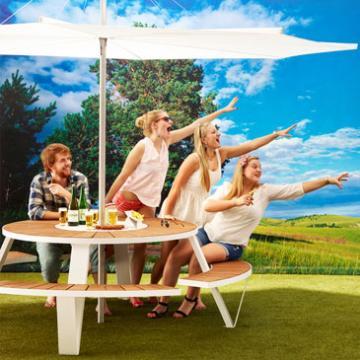 Pantagruel outdoor bench in the summer