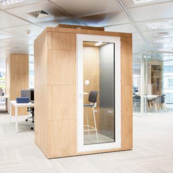 Studiobricks Focus unit with Wood finish