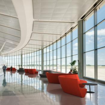 Boss Design ATOM breakout seating in airport