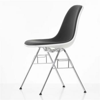 Eames Plastic stacking Side Chair DSS