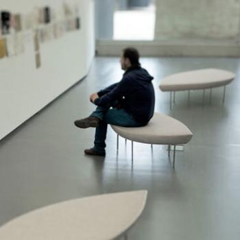 Konoha bench in white designed by Toyo Ito