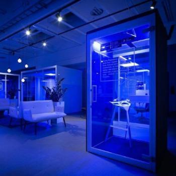 Phonespace blue light nightcleaning