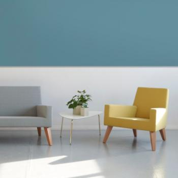 Hitch Mylius hm44 Alex chair and sofa