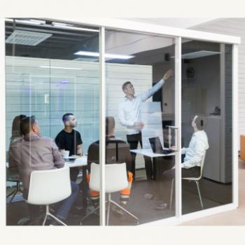Groupspace XL pod with meeting
