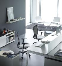 Sentis mesh task chairs