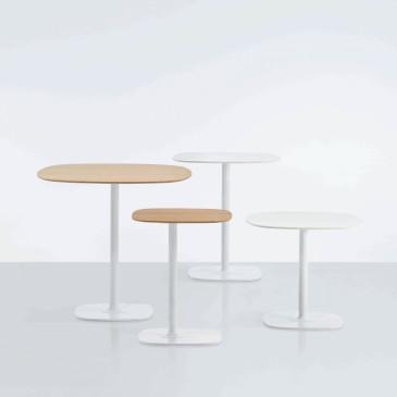Modus Bloom tables mixed sizes in white and natural wood