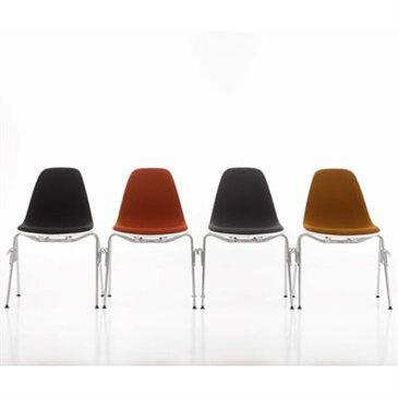 Eames Plastic Side Chair DSS (stacking/linking)