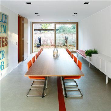 Joyn Conference Table