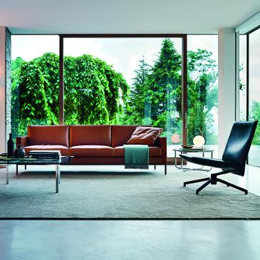 Florence Knoll Sofa and relaxed sofa