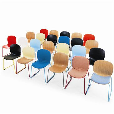 The Noor Conference chair adds professionalism to working spaces and sociable places. You can choose the base options, as well as the upholstery and colours. Consists of sled base and wood leg.