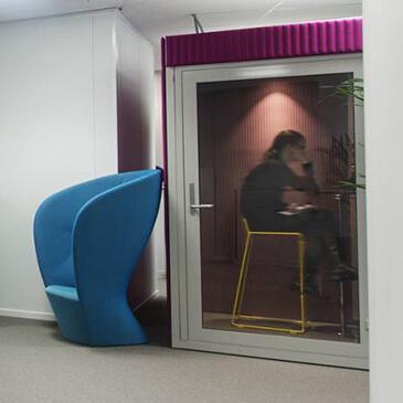 Quietpod telephone booth