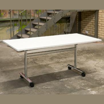 Vivante tilt top table