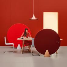 Mute design Cone screens in red